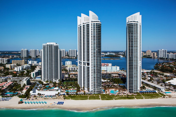 Residents Of The Trump Towers 1 Sunny Isles Will Love Gorgeous Landscaping Around Property Also As Said You Get To See All Amenities Plus A